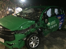 Hội An: Tai nạn giao thông đêm giao thừa hai xe ô tô biến dạng