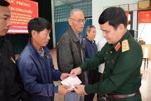 Thượng tướng Lê Chiêm chúc tết, tặng quà tại Quảng Nam