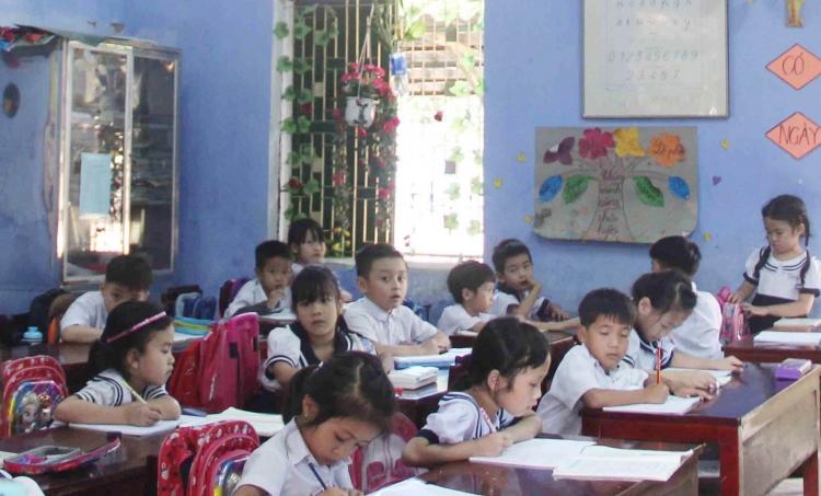 Thừa Thiên Huế: Học sinh trở lại trường, sinh viên tiếp tục nghỉ chống dịch