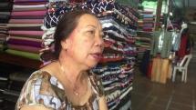Quảng Nam: Tiểu thương chợ Hội An buôn bán ế ẩm, ngồi lể ốc