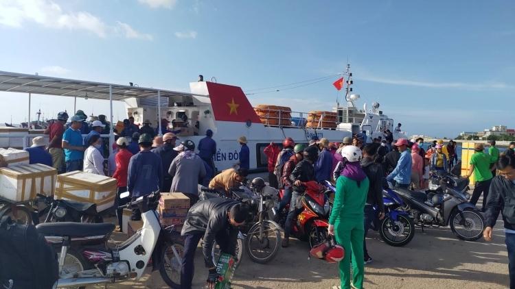 Quảng Ngãi: Tạm ngưng đón du khách nước ngoài ra đảo Lý Sơn