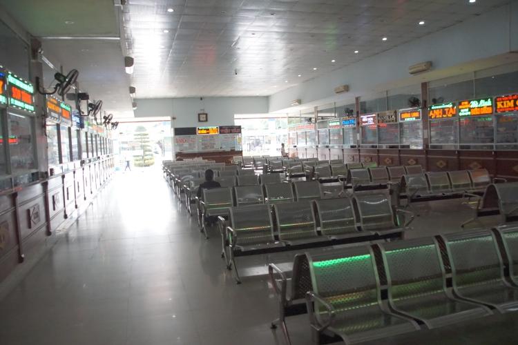 Đà Nẵng: Nhà ga - Sân bay - Bến xe vắng lặng khách