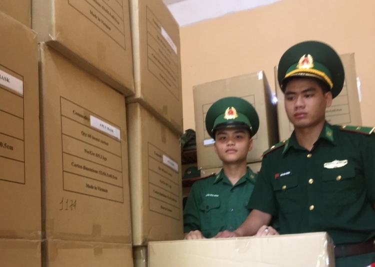 Đà Nẵng: Phát hiện 207.00 khẩu trang không nhãn mác