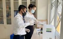 Thừa Thiên Huế: Pha chế thành công dung dịch sát khuẩn phòng, chống dịch Covid - 19