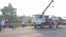 Quảng Nam: Taxi tông xe máy văng hàng chục mét, một người tử vong tại chỗ