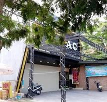 Quảng Nam: Khách nổ súng bắn trọng thương 2 nhân viên quán Karaoke