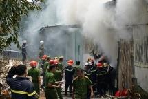 Đà Nẵng: Xưởng hương cháy dữ dội giữa trưa, nhiều tài sản bị thiêu rụi