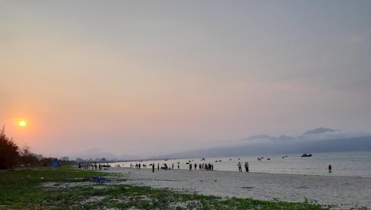 Quảng Nam cho phép các bãi tắm biển công cộng được hoạt động trở lại