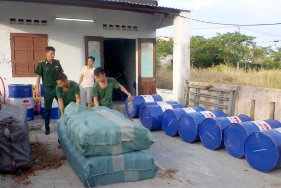 Triệt xóa ổ sản xuất dầu nhớt giả, thu giữ gần 2.000 lít dầu