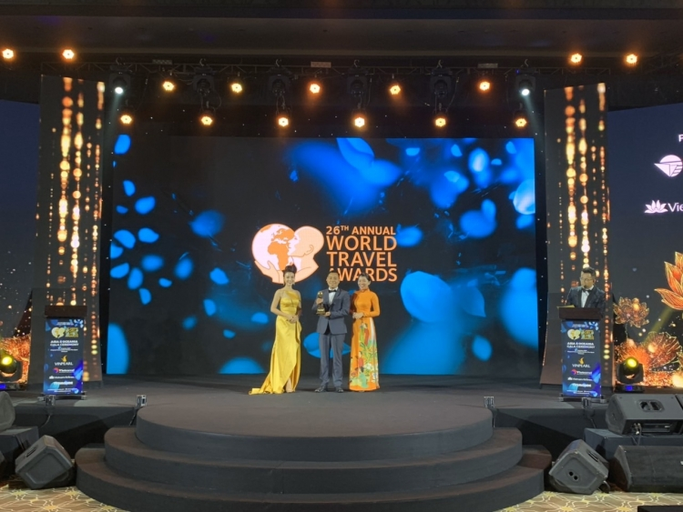 world travel awards vinh danh ba na hills la cong vien chu de hang dau viet nam