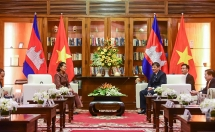cambodia angkor air se khai truong duong bay phnom penh da nang