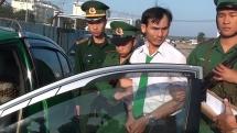 Bắt giữ tài xế taxi Mai Linh Quảng Ngãi vận chuyển ma túy đá