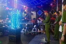 quang nam phat hien 58 thanh nien bay lac trong quan karaoke o duy xuyen