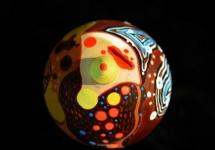 Những gam màu độc đáo trong triển lãm nghệ thuật gốm tại Hội An