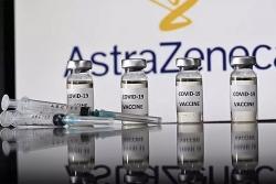 Lô vaccine Covid-19 đầu tiên về tới Việt Nam