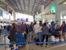 Thông báo tìm hành khách trên 2 chuyến bay có bệnh nhân COVID-19