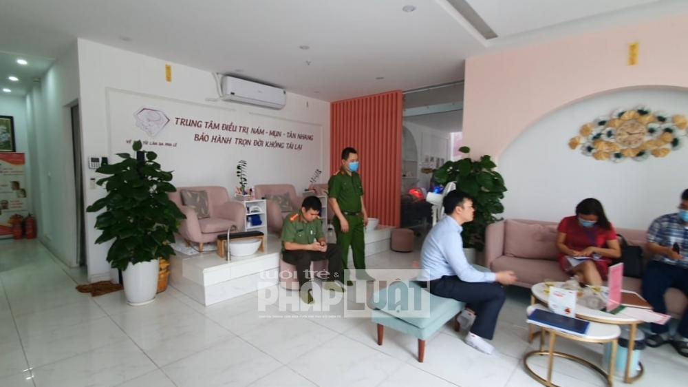"""Nam Từ Liêm: Phạt nặng các spa nhập nhèm treo biển """"Trung tâm điều trị"""""""