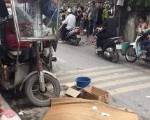 Xe ba gác chở hàng nặng lật nghiêng đè chết một người đàn ông