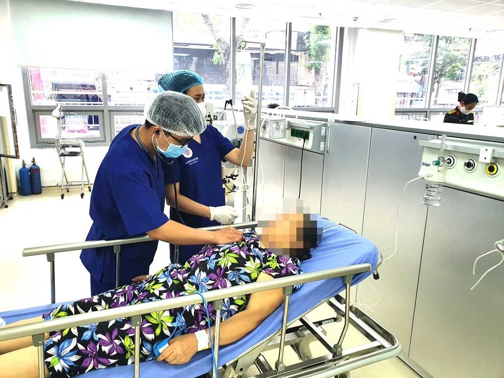 Hà Nam: 9 người nhập viện do say nắng, 1 người tử vong nghi do sốc nhiệt