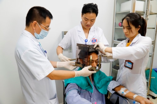 Bệnh viện K điều trị xạ phẫu bằng Gamma Knife thế hệ Icon.