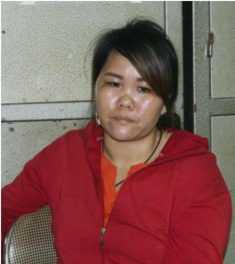 lao cai bat doi tuong van chuyen trai phep 2 banh heroin