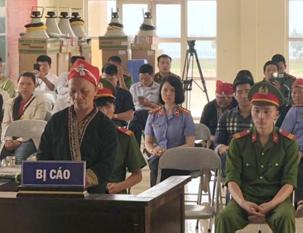 trong 1100 cay thuoc phien trong vuon nha lam thuoc nguoi phu nu dan toc mong linh an