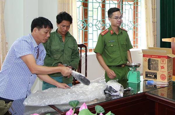 cong an lai chau pha chuyen an thu giu 5kg nhua thuoc phien