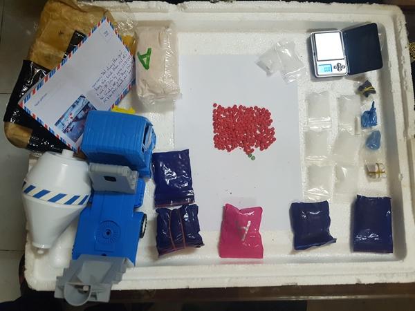 Công an Lào Cai bắt đối tượng vận chuyển, tàng trữ trái phép chất ma túy