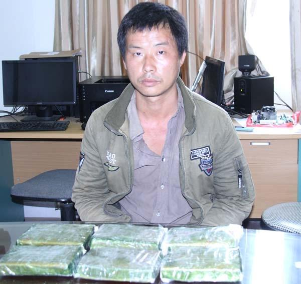 Lào Cai: Trong vòng 8h bắt 2 vụ tàng trữ và vận chuyển ma túy