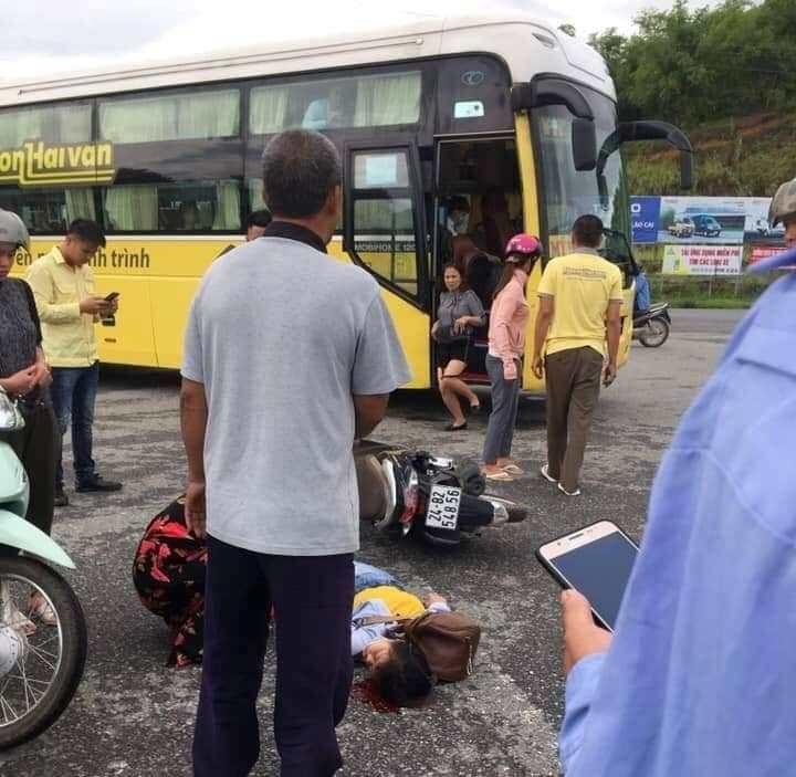 Dân mạng xôn xao việc nhà xe Hà Sơn – Hải Vân tiếp tục gây tai nạn ở Lào Cai