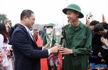 Quân dân quận Nam Từ Liêm tiễn tân binh lên đường nhập ngũ