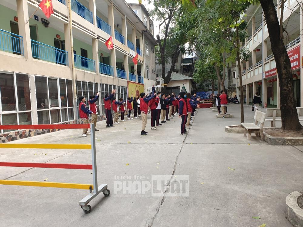 Trường THPT dân lập tại Hà Nội - Bài 1: Không đảm bảo cơ sở vật chất theo quy định