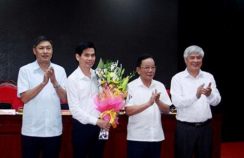 Chuẩn y Phó Bí thư tỉnh ủy Sơn La với ông Hoàng Quốc Khánh