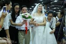 Xúc động đám cưới tập thể của 65 cặp vợ chồng kém may mắn