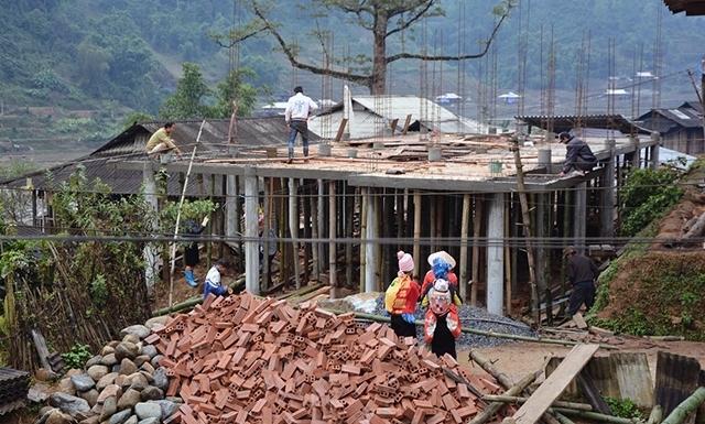 Hỗ trợ 5 tỷ đồng xây nhà cho hộ nghèo tại huyện Trạm Tấu, Yên Bái