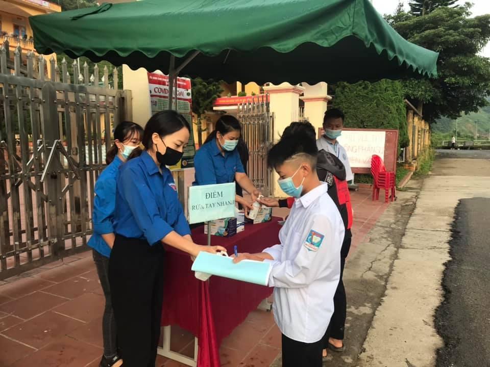 Tuổi trẻ Yên Bái hỗ trợ hơn 8.000 thí sinh dự thi tốt nghiệp THPT năm 2021