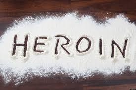 lao cai khoi to nguoi phu nu cat giau heroin trong nguoi