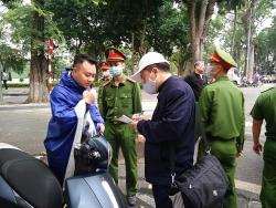 Yên Bái: Xử phạt 12 trường hợp không đeo khẩu trang trong ngày đầu tiên