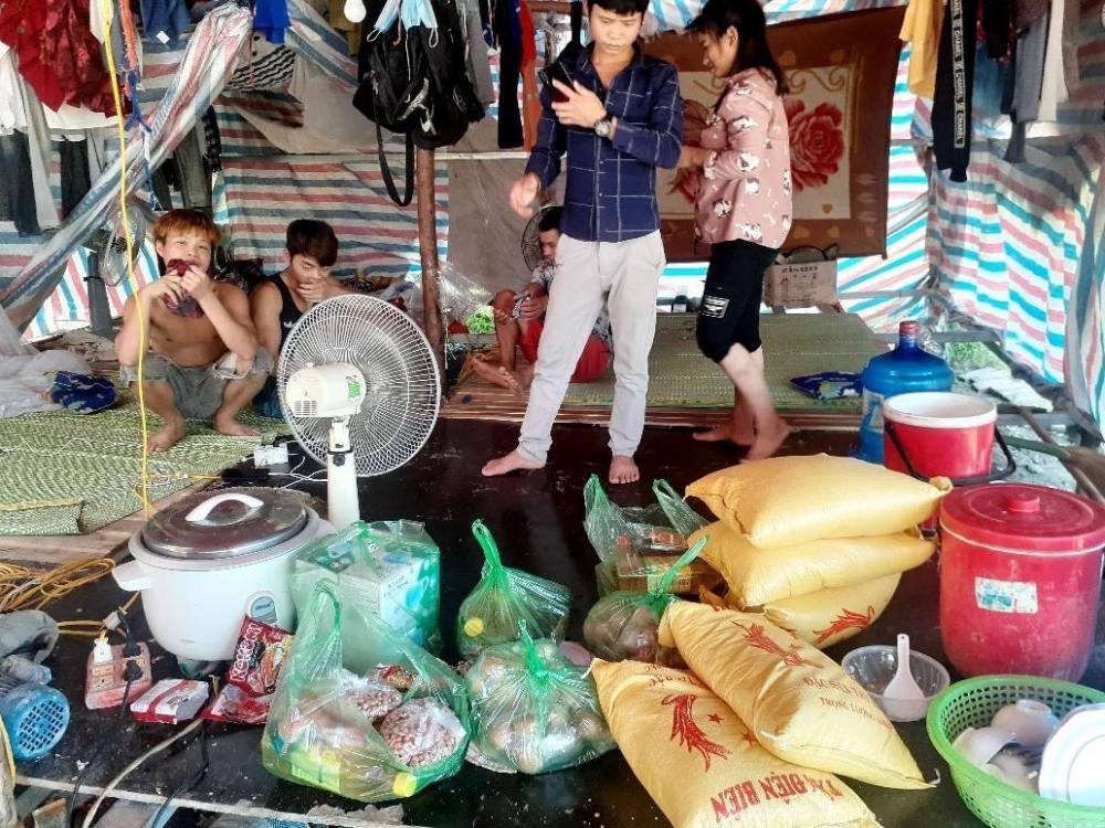 Ấm lòng đồng hương Yên Bái giữa Thủ đô những ngày giãn cách xã hội