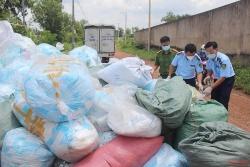 Hơn 240 nghìn khẩu trang tái chế bị phát hiện và thu giữ trước khi đưa đi tiêu thụ