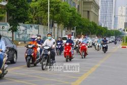 Đường Tố Hữu đông lạ thường trong những ngày giãn cách xã hội