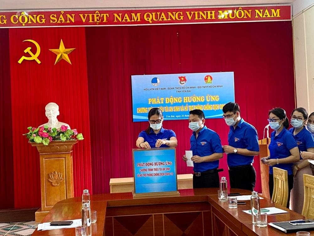 """Tuổi trẻ Yên Bái phát động và ủng hộ Chương trình """"Triệu túi an sinh"""" chống dịch"""