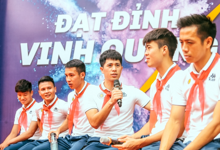 co hoi lon de dong hanh cung doi tuyen quoc gia viet nam trong vong loai world cup 2022
