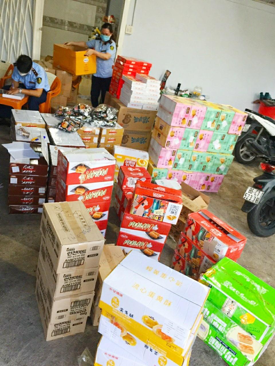 gần 3.000 bánh trung thu không rõ nguồn gốc tại Bình Thuận