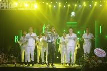 Liveshow Gặp gỡ thanh xuân kỷ niệm 10 năm đi hát của ca sĩ Khắc Việt