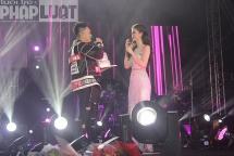 Ca sĩ Đông Nhi được tổ chức sinh nhật sớm trong đêm liveshows ở Hà Nội