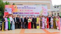 Gặp mặt các thế hệ nhà giáo giảng dạy trong ngành y dược Việt Nam