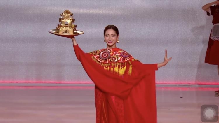 luong thuy linh da lam nen ki tich xuat sac lot top 12 hoa hau the gioi 2019