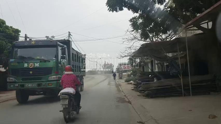 """Hải Dương: Xe quá tải """"hoành hành"""" đường tỉnh lộ ĐT 392B"""