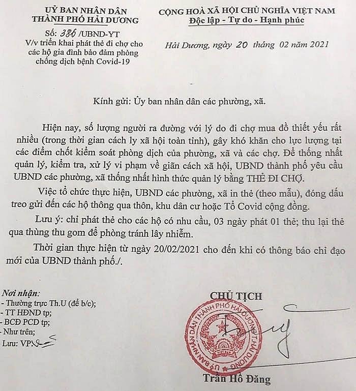 TP Hải Dương phát thẻ đi chợ để hạn chế người dân ra đường